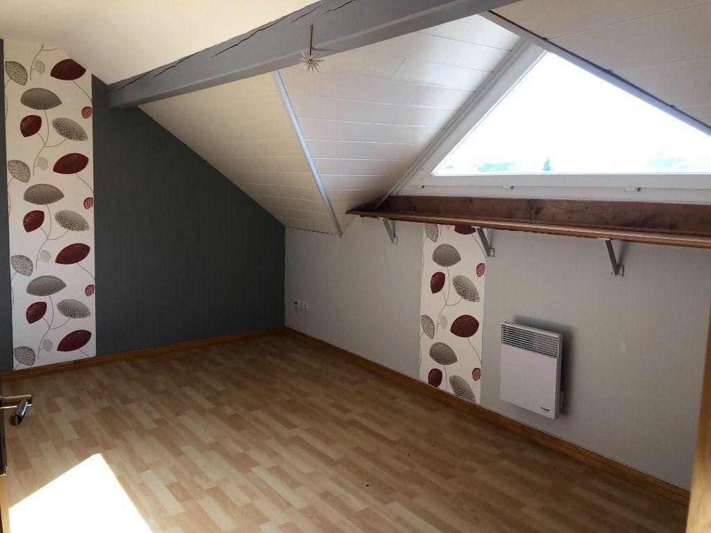 Maison à vendre 5 147m2 à Corcieux vignette-11
