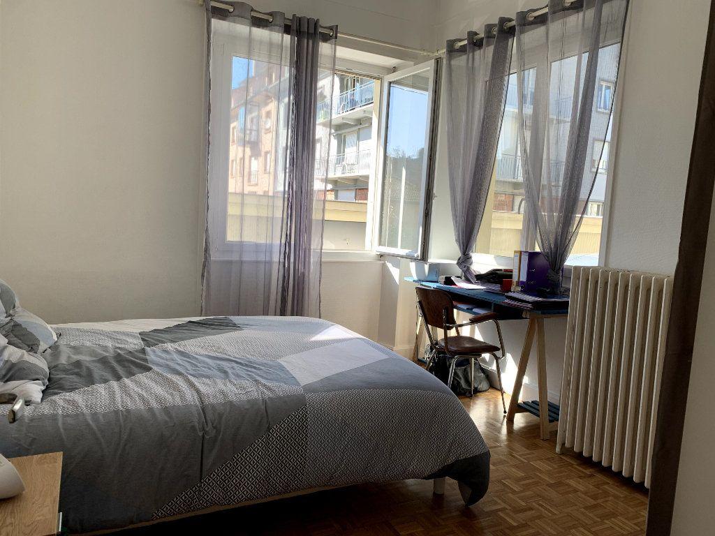 Appartement à louer 4 115m2 à Saint-Dié-des-Vosges vignette-5