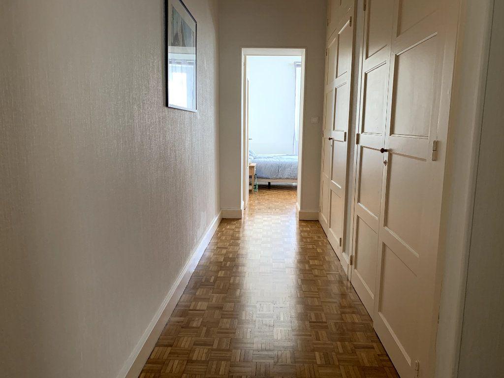 Appartement à louer 4 115m2 à Saint-Dié-des-Vosges vignette-8