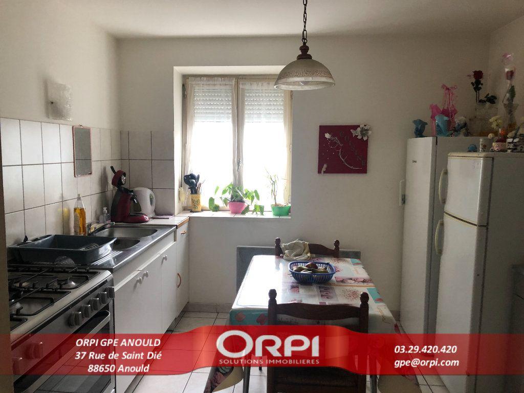Appartement à vendre 3 66m2 à Saint-Dié-des-Vosges vignette-1