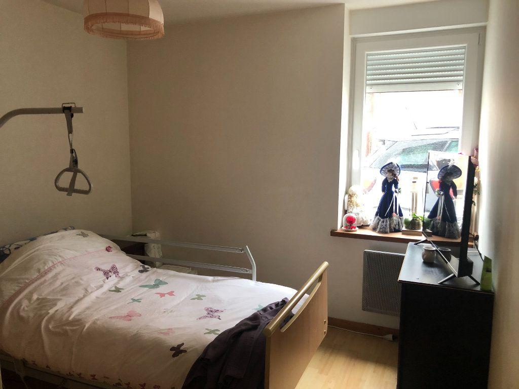 Appartement à vendre 3 66m2 à Saint-Dié-des-Vosges vignette-3