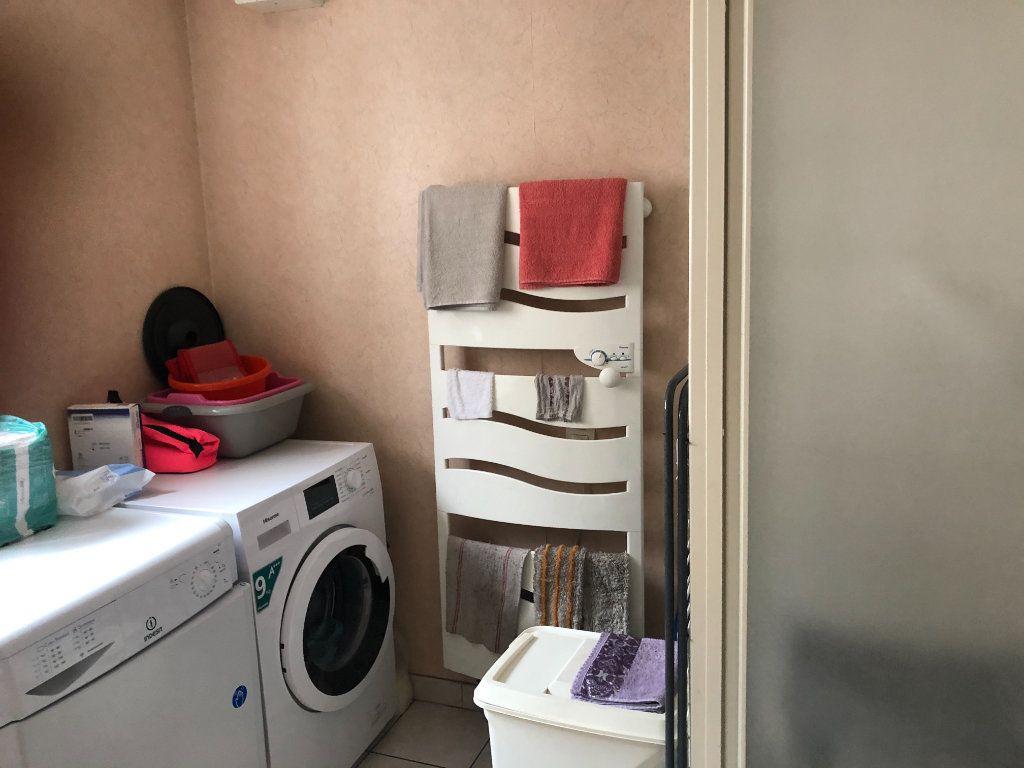 Appartement à vendre 3 66m2 à Saint-Dié-des-Vosges vignette-5