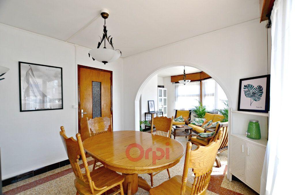 Appartement à louer 2 55m2 à Bray-Dunes vignette-2