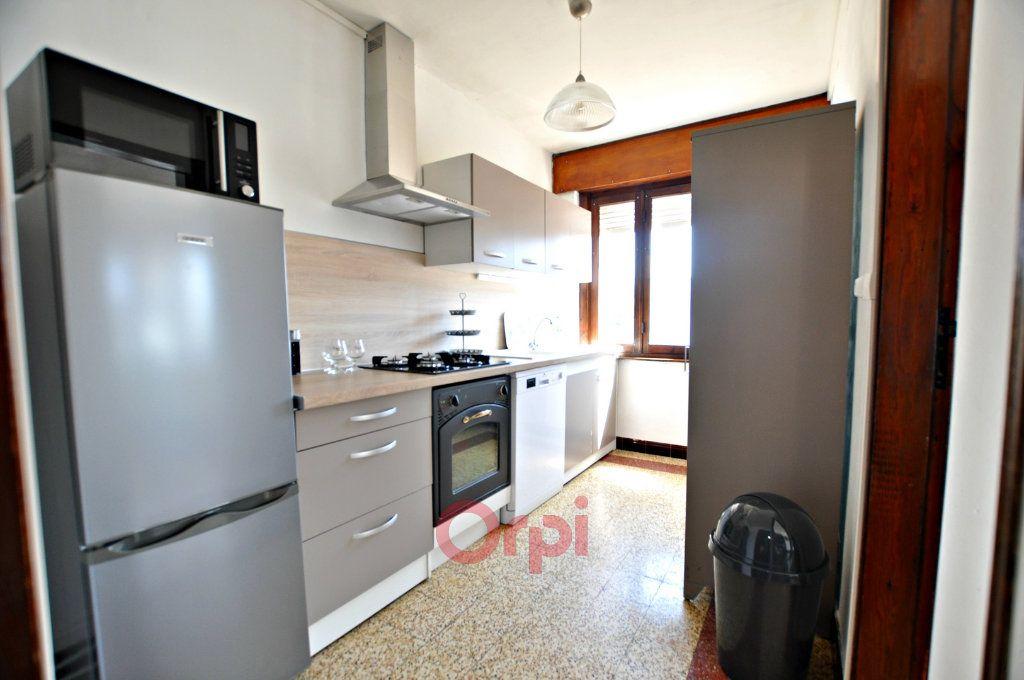 Appartement à louer 2 55m2 à Bray-Dunes vignette-3