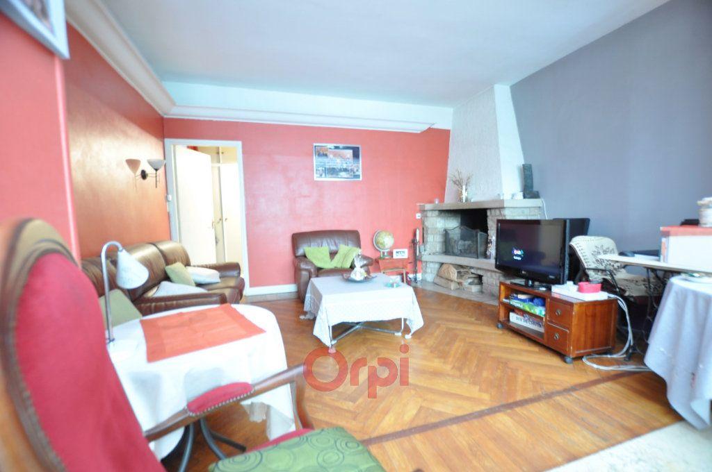 Maison à vendre 7 237.72m2 à Dunkerque vignette-3