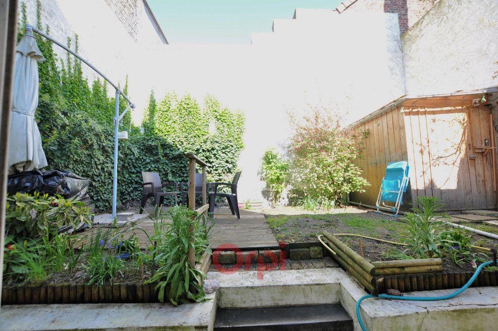 Maison à vendre 7 237.72m2 à Dunkerque vignette-8