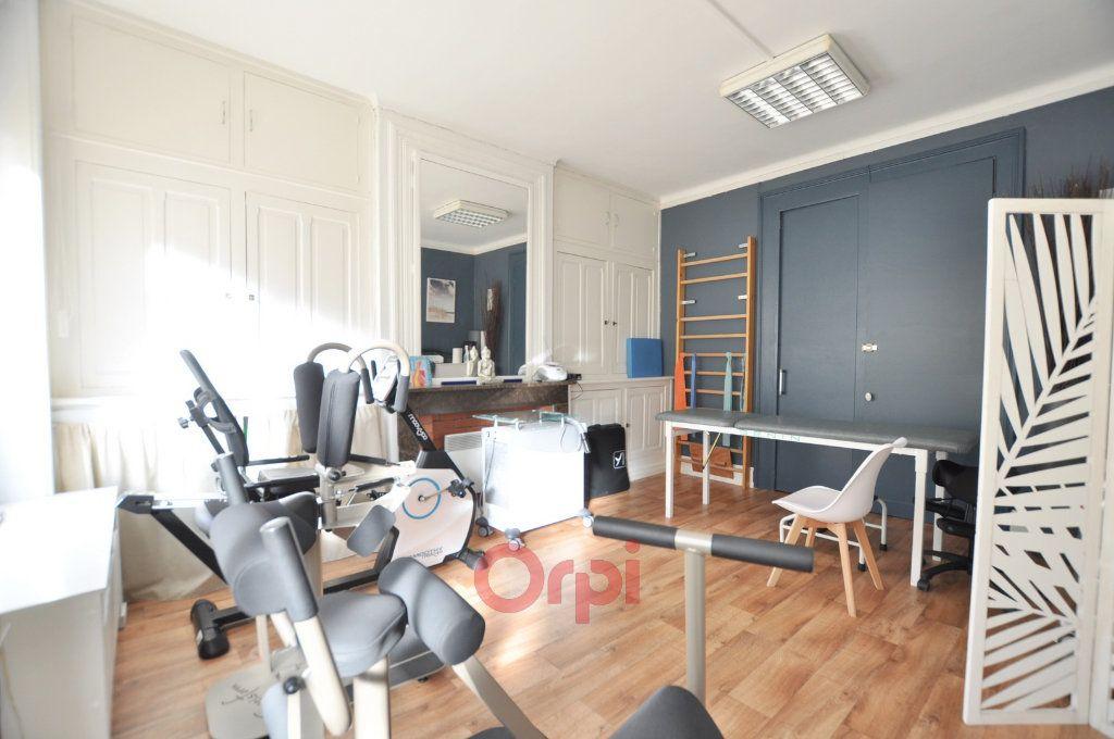Maison à vendre 7 237.72m2 à Dunkerque vignette-10