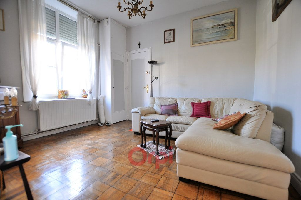 Appartement à vendre 4 158.92m2 à Dunkerque vignette-2