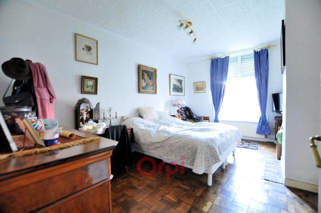 Appartement à vendre 4 158.92m2 à Dunkerque vignette-5