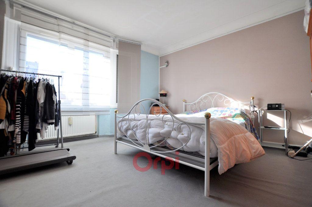 Immeuble à vendre 0 464m2 à Coudekerque-Branche vignette-3