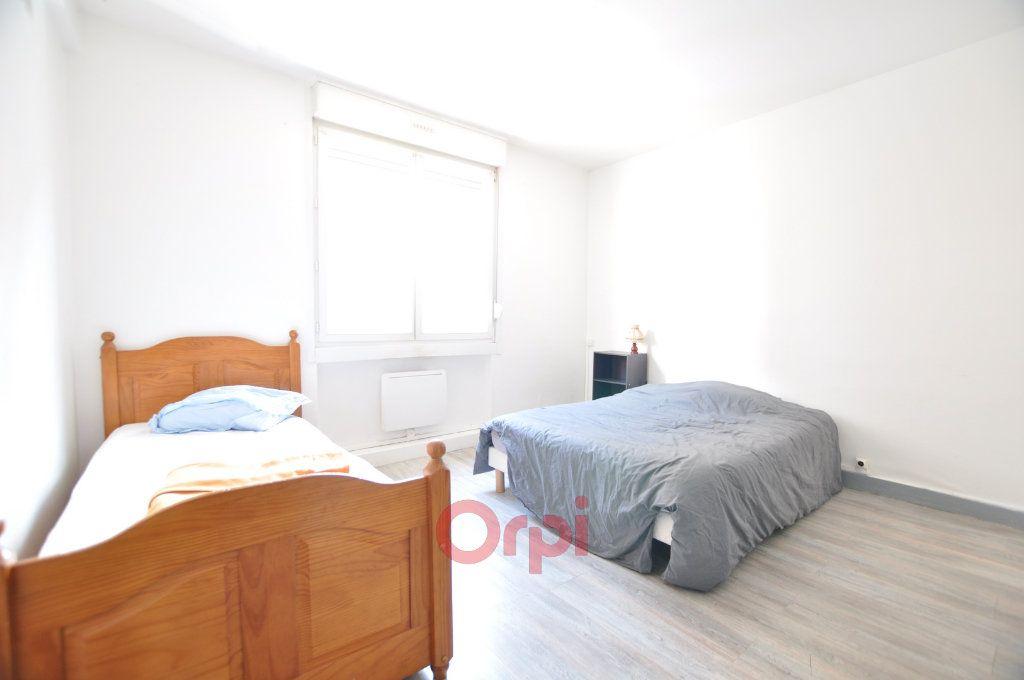 Appartement à louer 3 68m2 à Dunkerque vignette-3