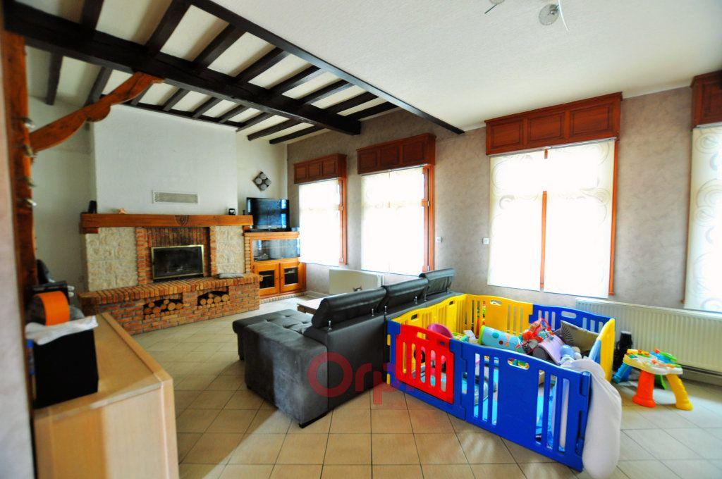 Maison à vendre 6 150m2 à Hondschoote vignette-1