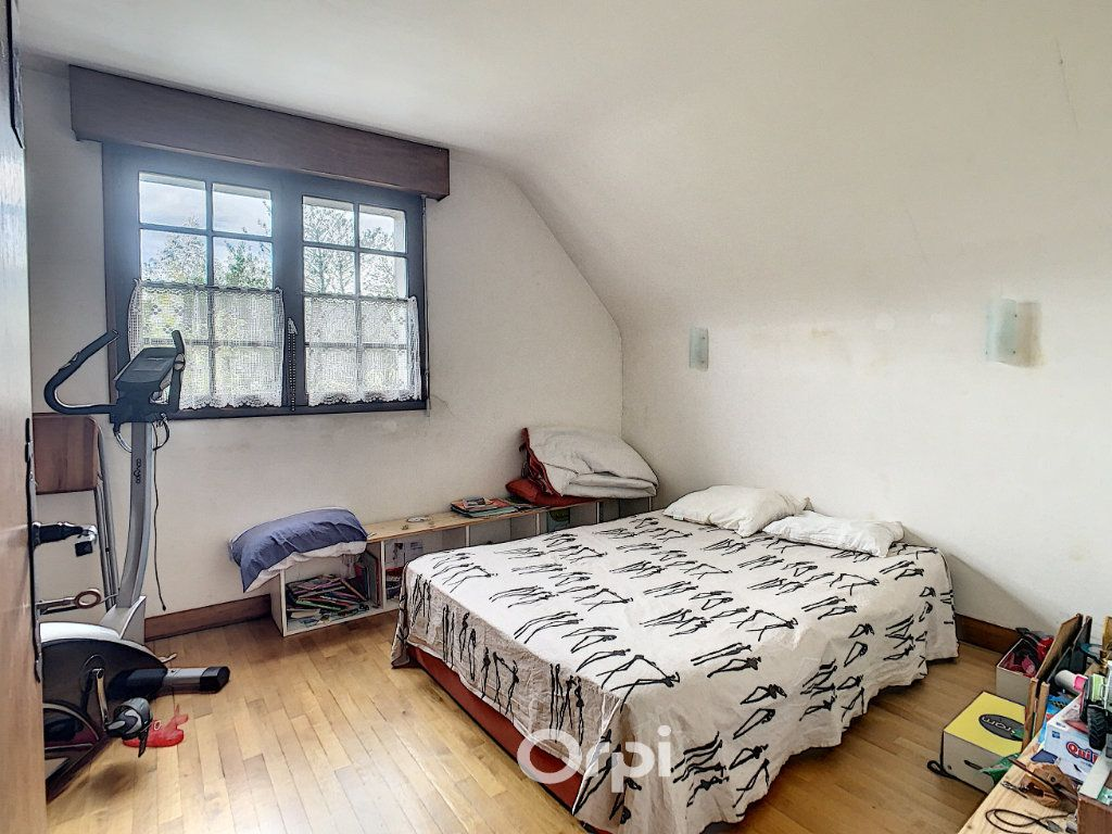 Maison à louer 6 140m2 à Lorient vignette-4