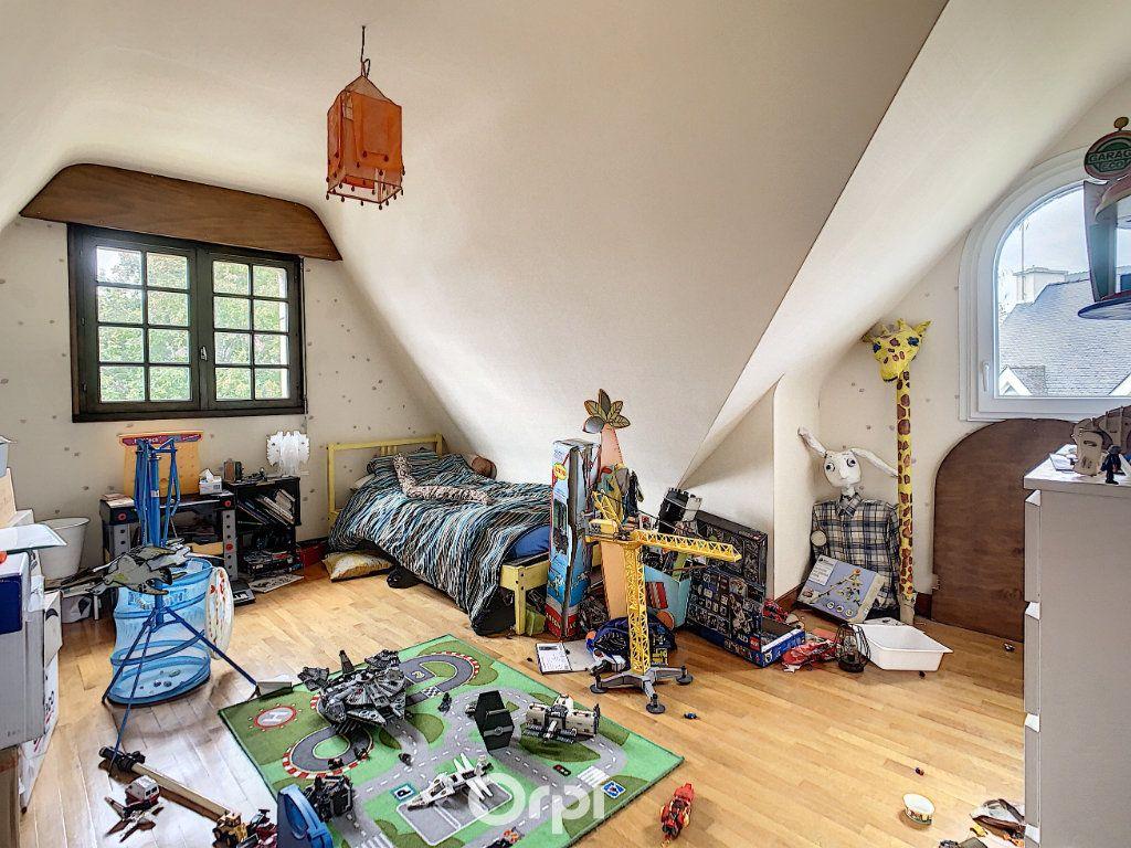 Maison à louer 6 140m2 à Lorient vignette-6
