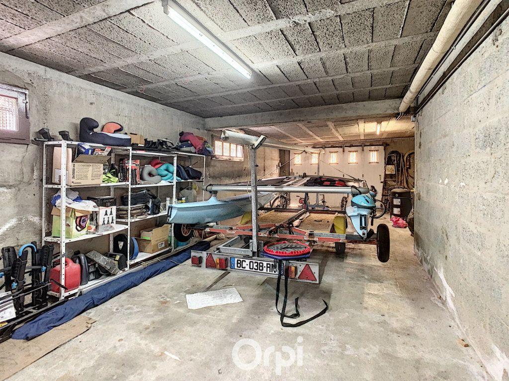 Maison à louer 6 140m2 à Lorient vignette-12