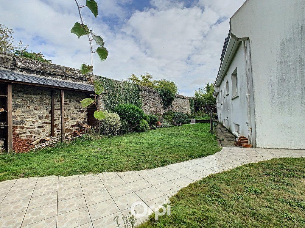 Maison à louer 6 140m2 à Lorient vignette-13