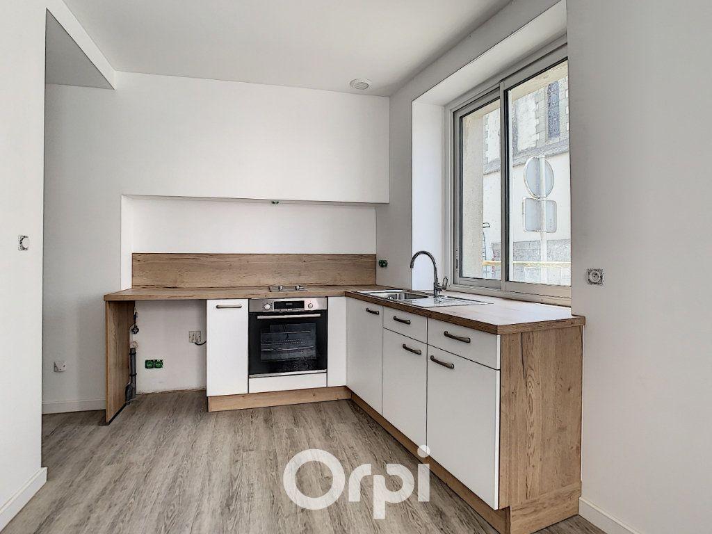 Appartement à louer 2 27m2 à Lorient vignette-5