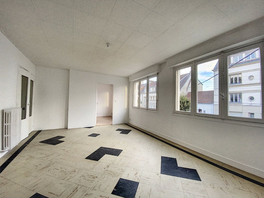 Appartement à louer 3 68m2 à Lorient vignette-8