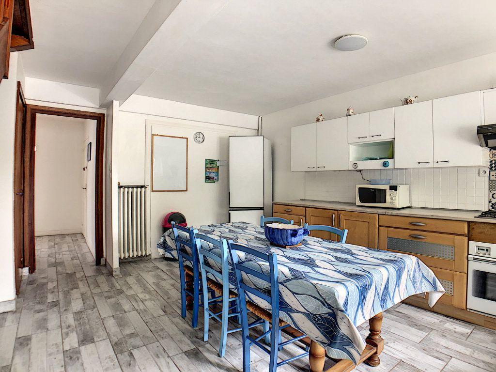 Appartement à louer 1 10m2 à Lorient vignette-9