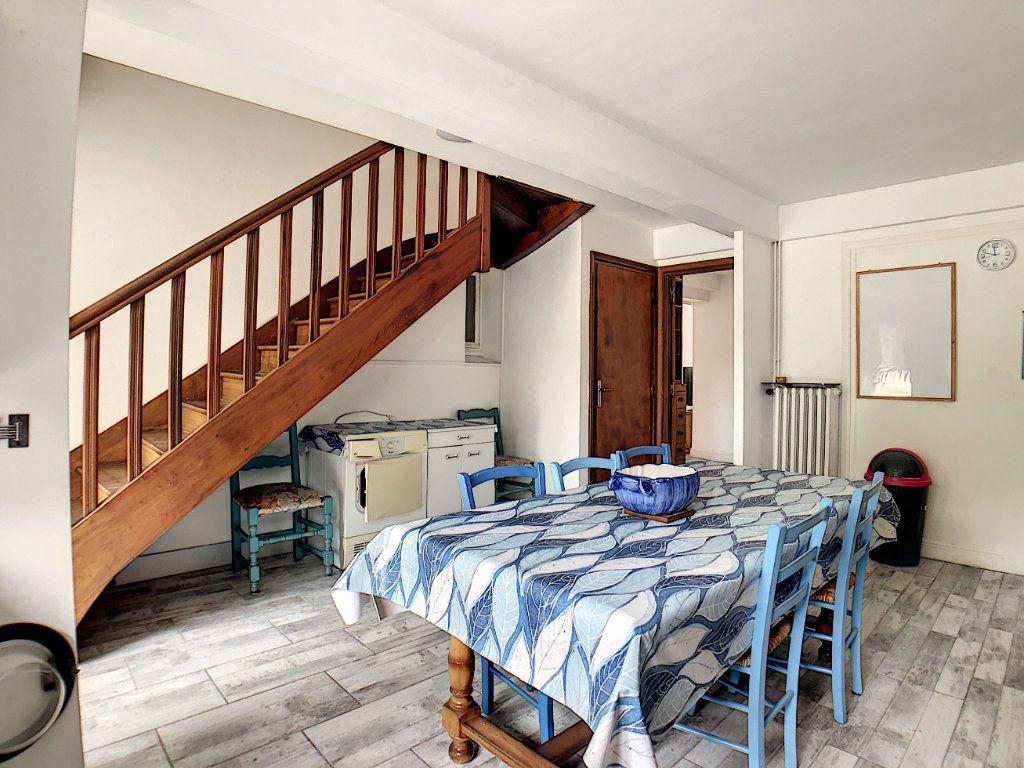 Appartement à louer 1 10m2 à Lorient vignette-10