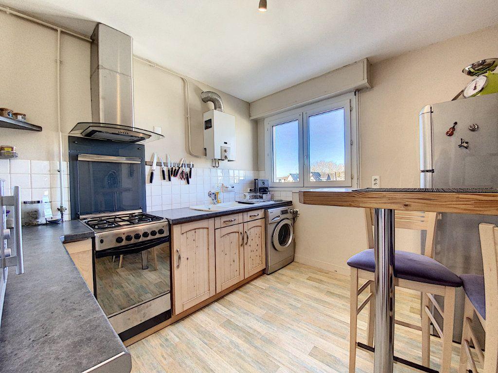 Appartement à vendre 4 90m2 à Lorient vignette-5