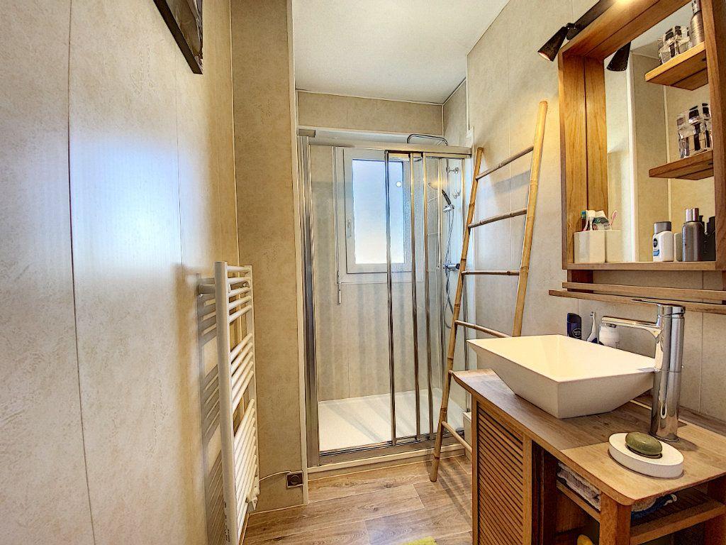Appartement à vendre 4 90m2 à Lorient vignette-8