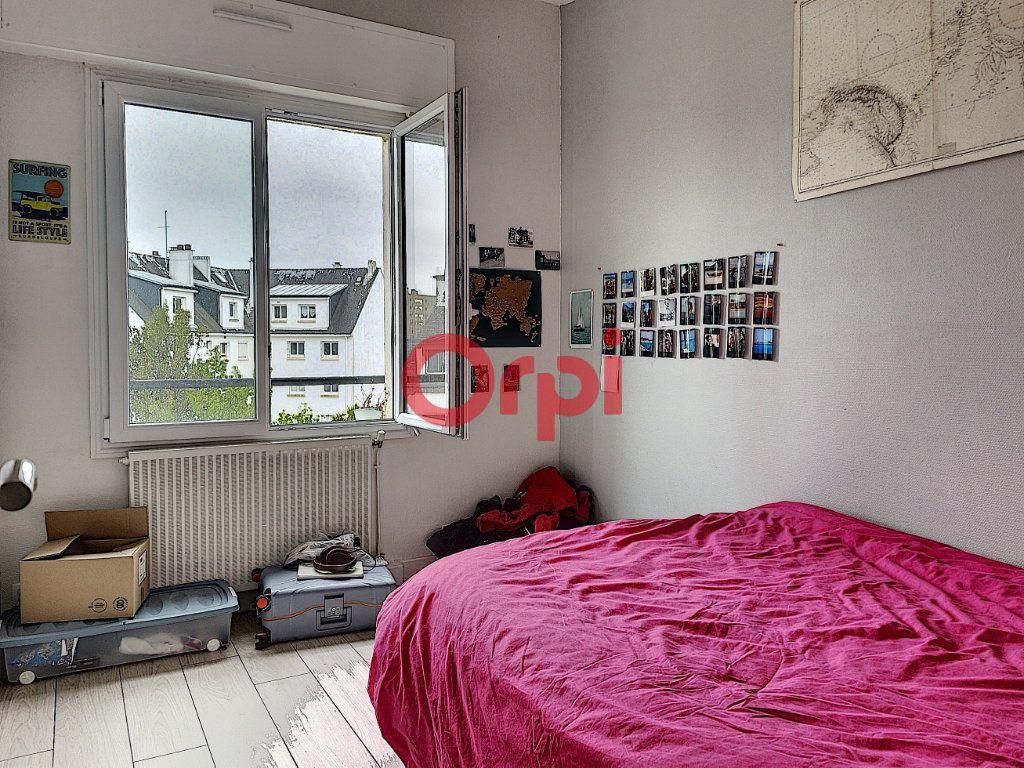 Immeuble à vendre 0 199.6m2 à Lorient vignette-12
