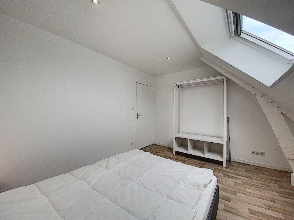 Appartement à louer 2 36.55m2 à Lorient vignette-4