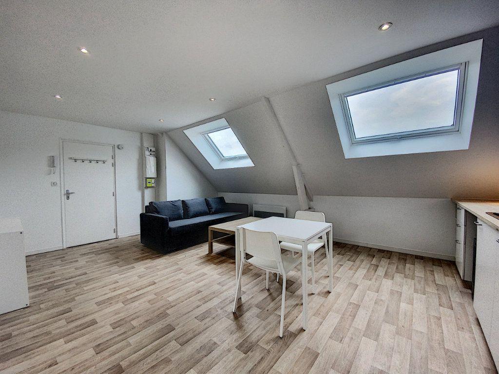 Appartement à louer 2 36.55m2 à Lorient vignette-8