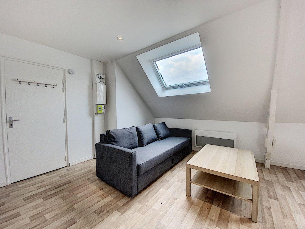 Appartement à louer 2 36.55m2 à Lorient vignette-9
