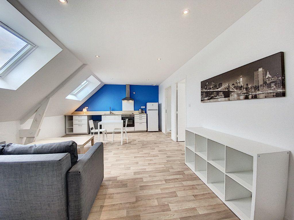 Appartement à louer 2 36.55m2 à Lorient vignette-11