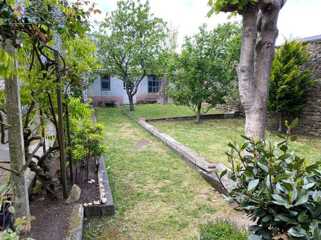 Maison à vendre 5 129.31m2 à Lorient vignette-3