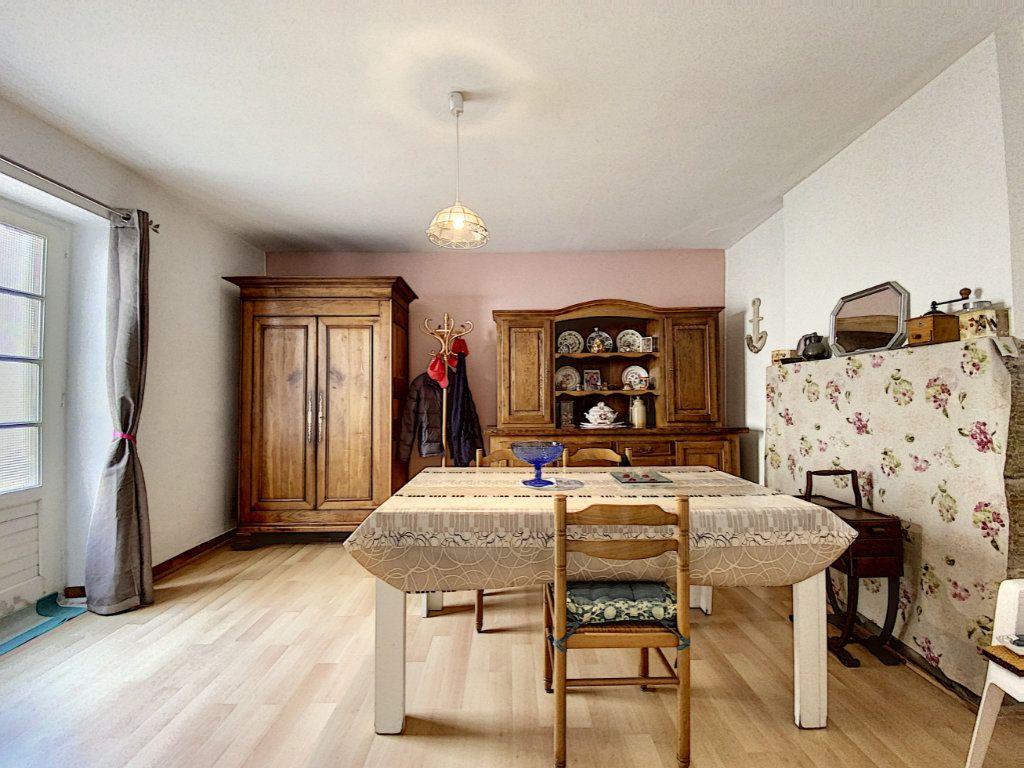 Maison à vendre 5 129.31m2 à Lorient vignette-4