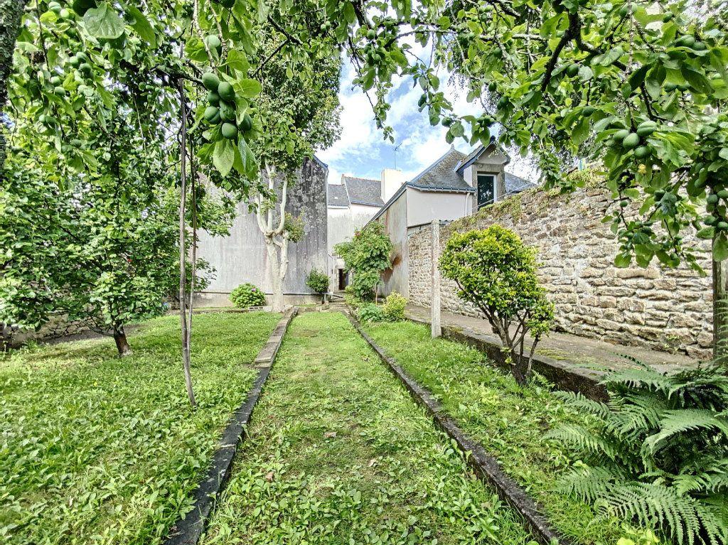 Maison à vendre 5 129.31m2 à Lorient vignette-9