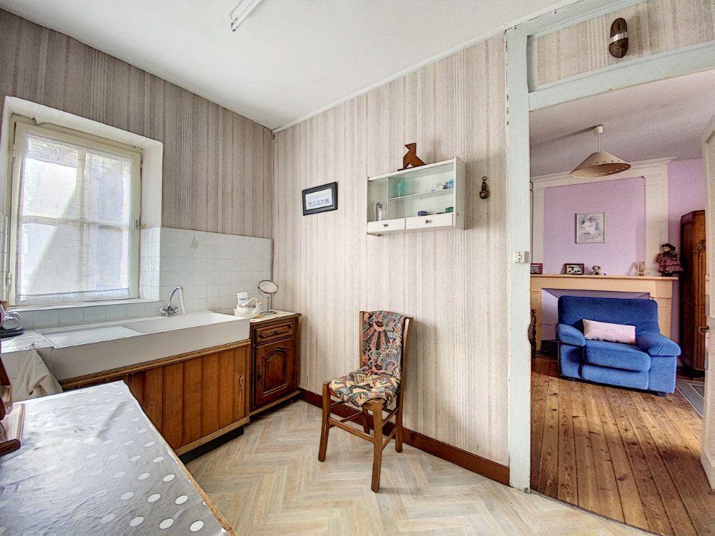 Maison à vendre 5 129.31m2 à Lorient vignette-12