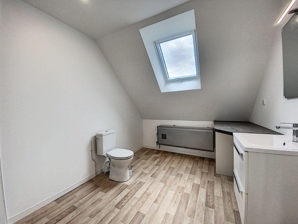 Appartement à louer 2 34.12m2 à Lorient vignette-11