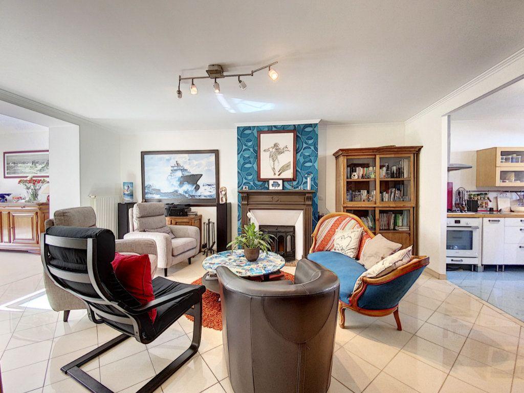 Maison à vendre 7 173m2 à Lorient vignette-4