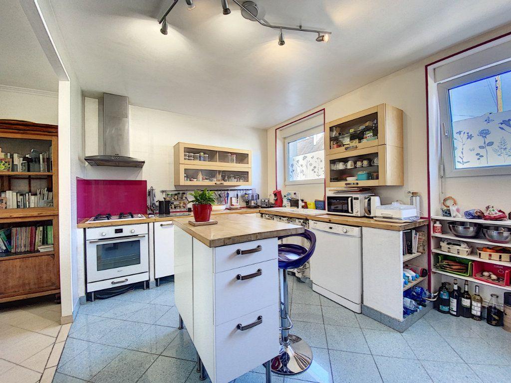 Maison à vendre 7 173m2 à Lorient vignette-6