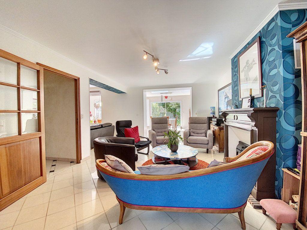 Maison à vendre 7 173m2 à Lorient vignette-7