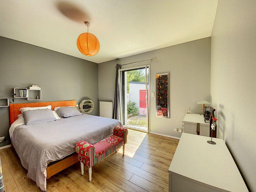 Maison à vendre 7 173m2 à Lorient vignette-13
