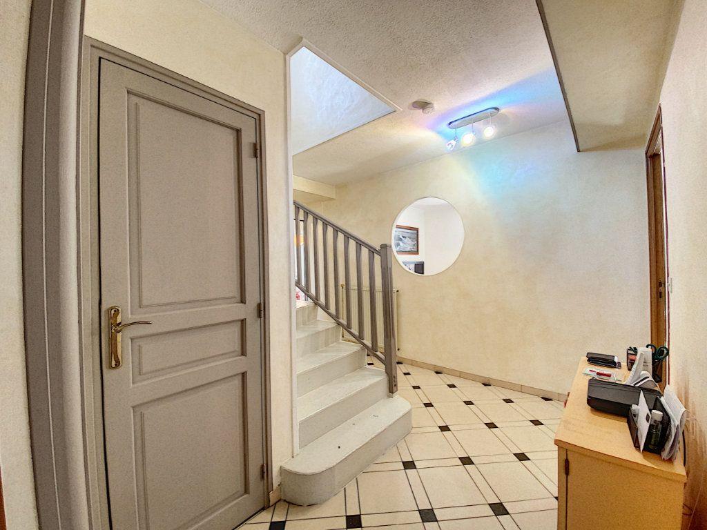 Maison à vendre 7 173m2 à Lorient vignette-15