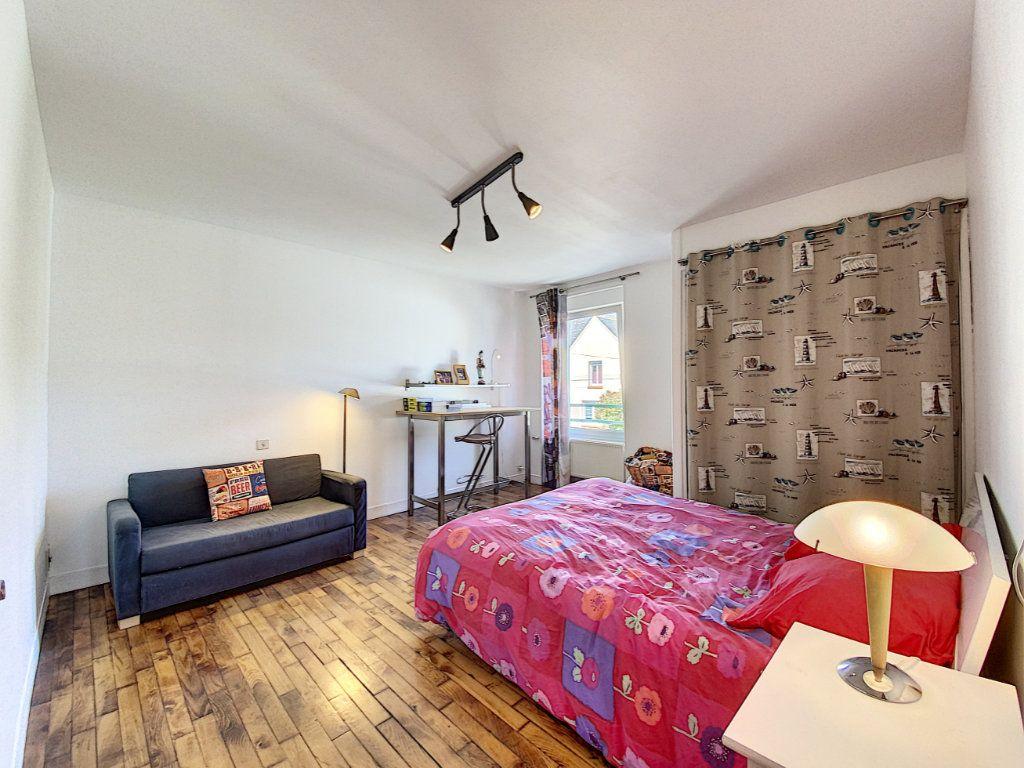 Maison à vendre 7 173m2 à Lorient vignette-16