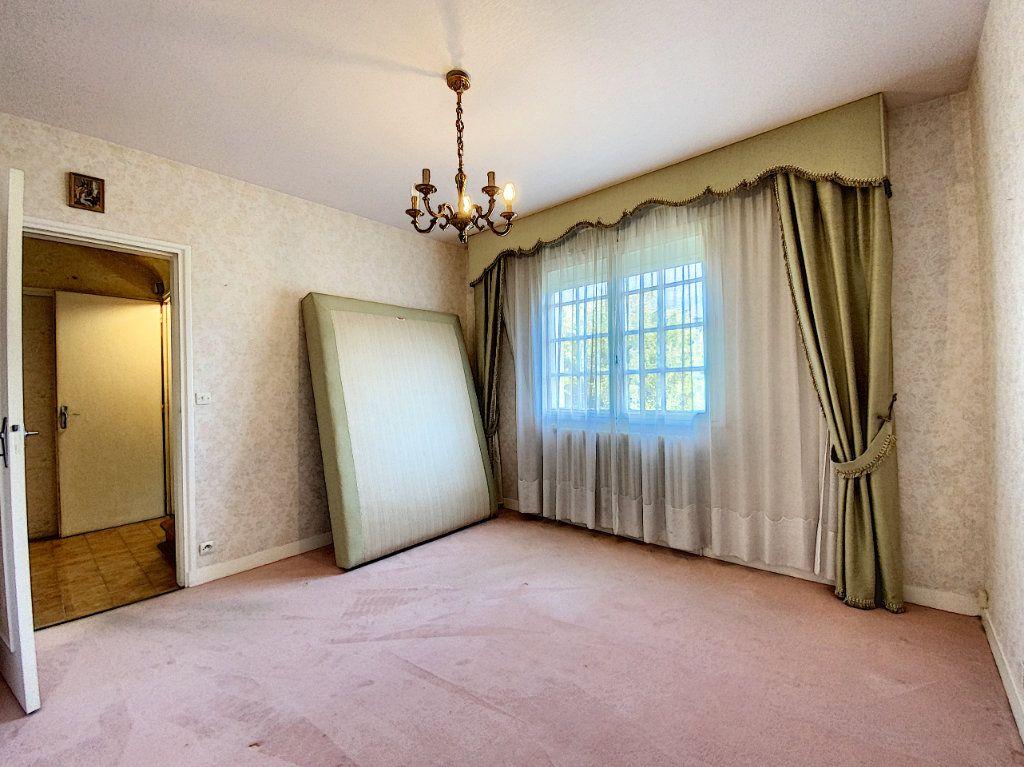 Maison à vendre 4 108m2 à Lorient vignette-7