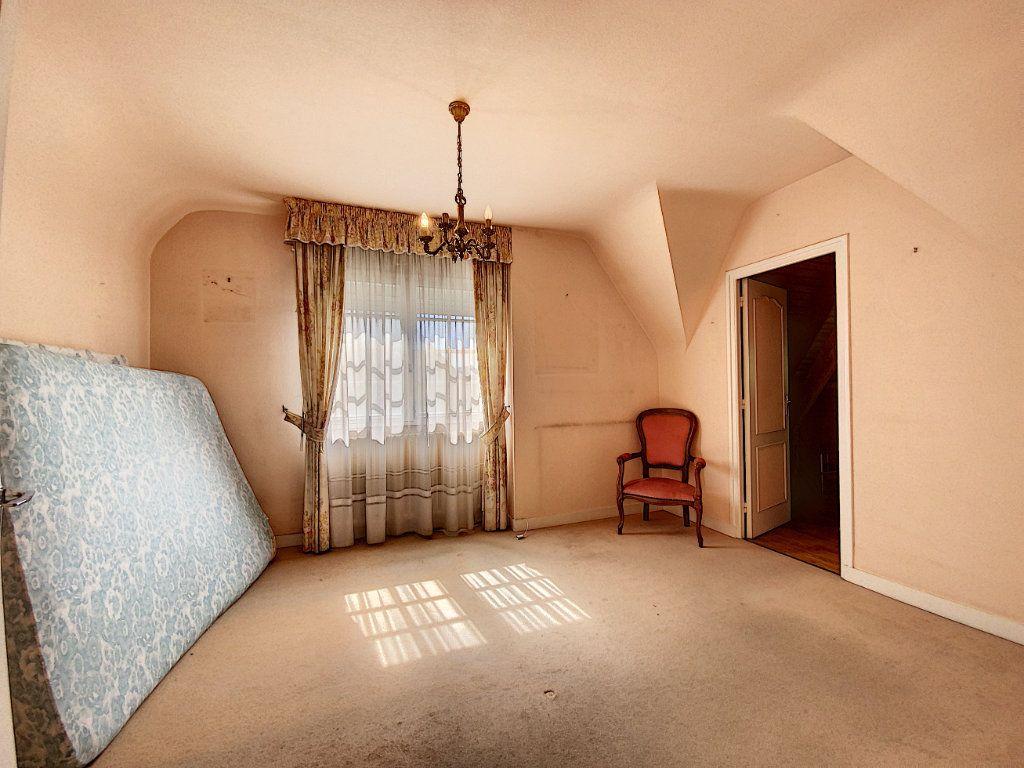 Maison à vendre 4 108m2 à Lorient vignette-12