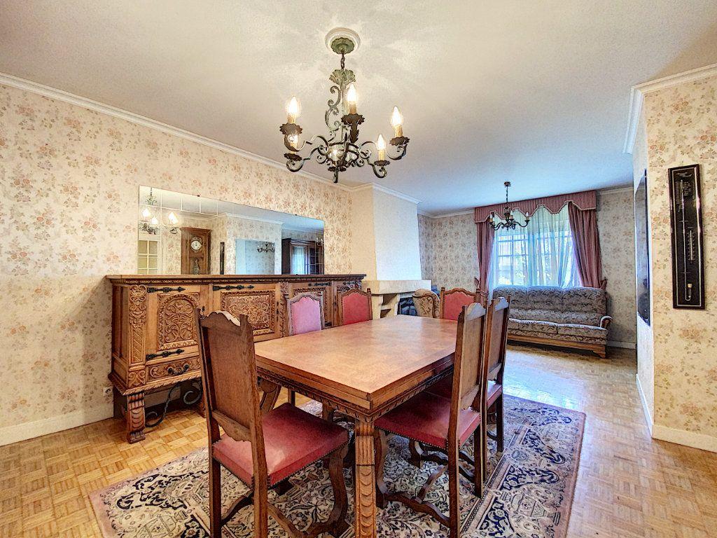 Maison à vendre 4 108m2 à Lorient vignette-16