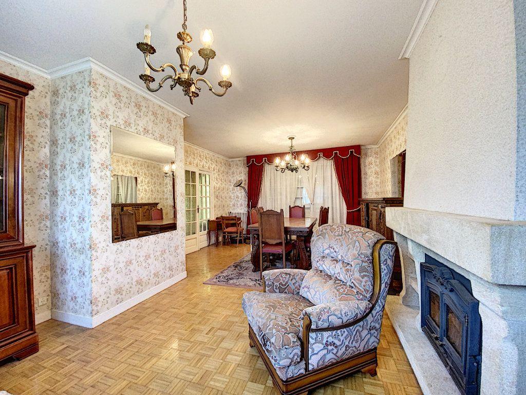 Maison à vendre 4 108m2 à Lorient vignette-17