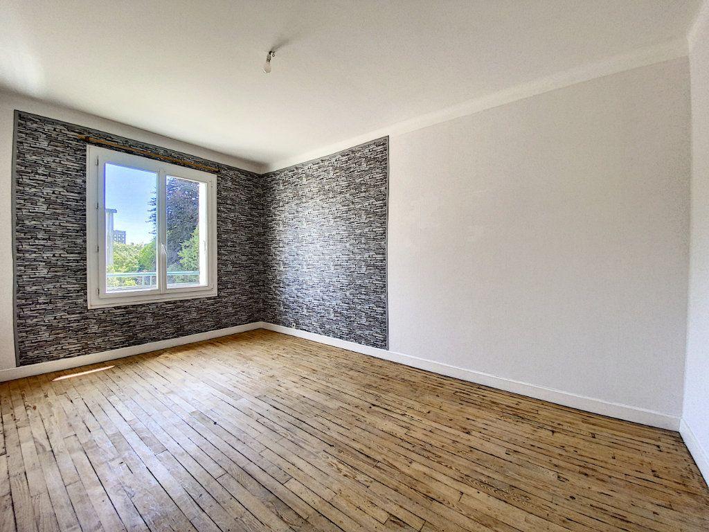 Appartement à louer 2 48m2 à Lorient vignette-4