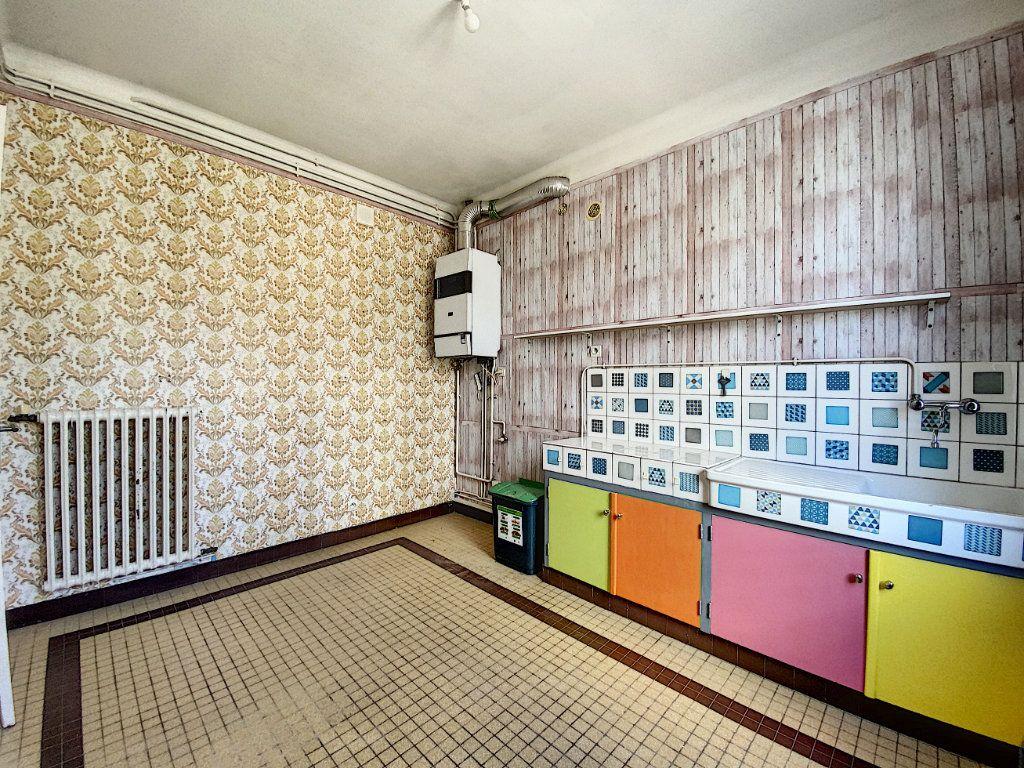 Appartement à louer 2 48m2 à Lorient vignette-6