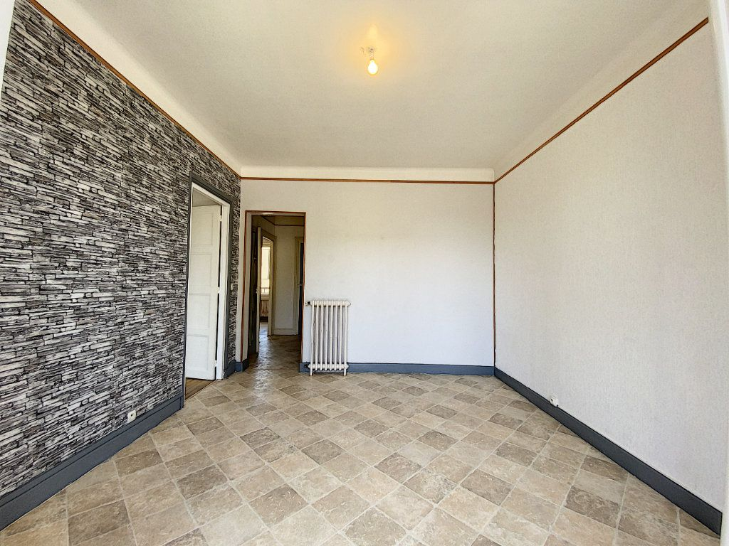 Appartement à louer 2 48m2 à Lorient vignette-12