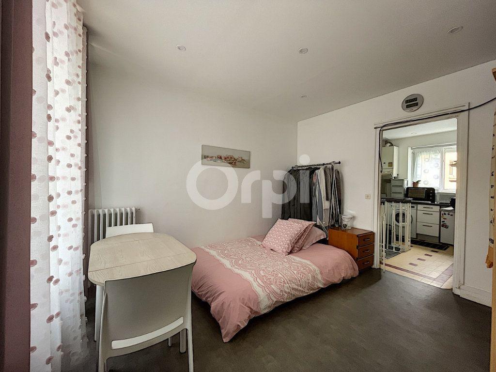 Appartement à vendre 2 38.07m2 à Lorient vignette-1